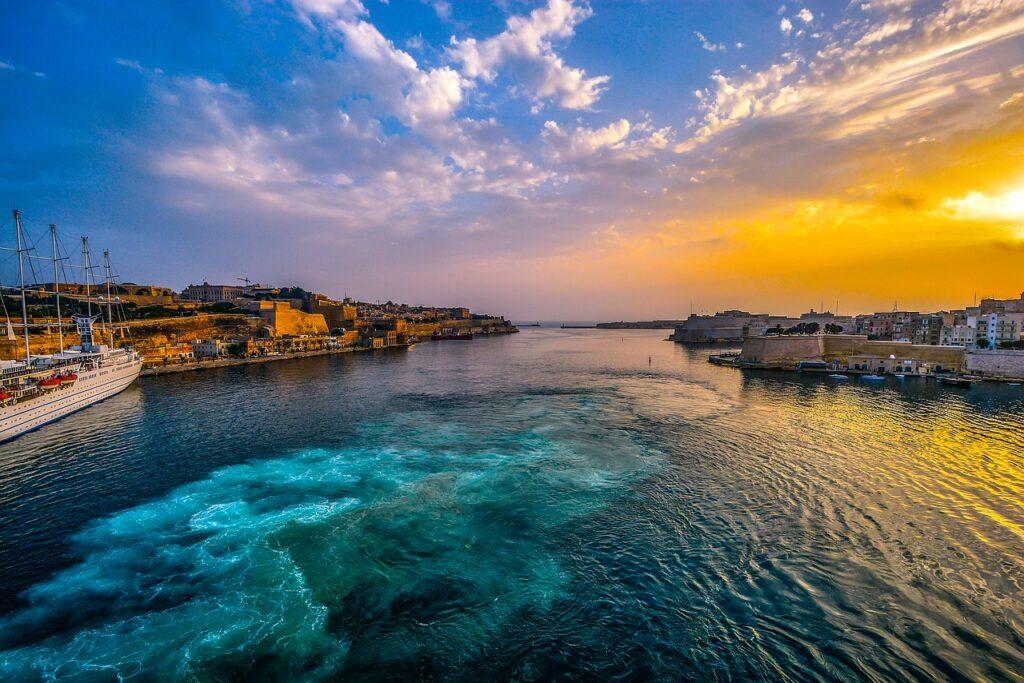 malta, harbor, sunset-1910173.jpg